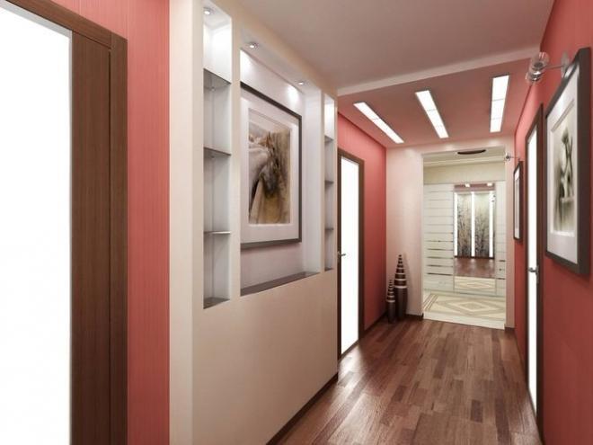 Обои розового оттенка в коридоре