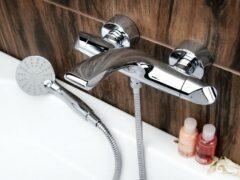 Как установить кран в ванной?