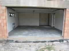 Пол в гараже — варианты ремонта и укладки