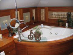 Установка и ремонт гидромассажных ванн
