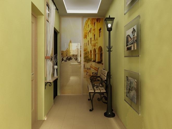 Обои светлого оттенка в коридоре