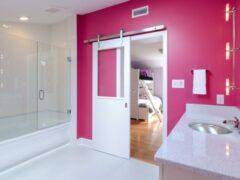 Как выбрать красивую и практичную дверь в ванную комнату и туалет