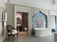 Керамическая плитка в ванную комнату: дизайн современной отделки