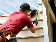 Монтаж винилового сайдинга: видео инструкция правильной обшивки фасада