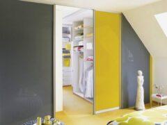 Раздвижные двери для гардеробной: обзор удобных и стильных конструкций
