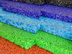 Резиновая плитка для дорожек на даче: цена, сравнение с другими видами