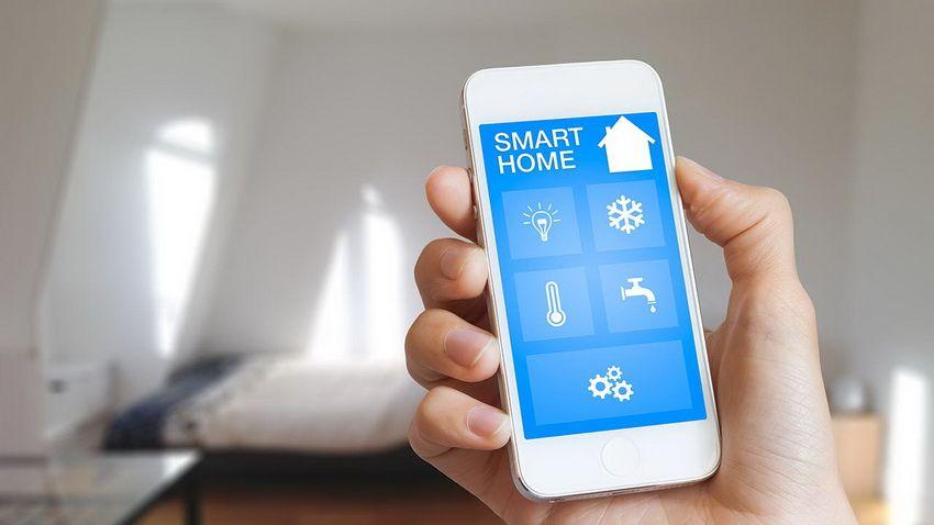 Терморегуляторы нового поколения позволяют управлять микроклиматом помещения через специальные приложения с помощью телефона