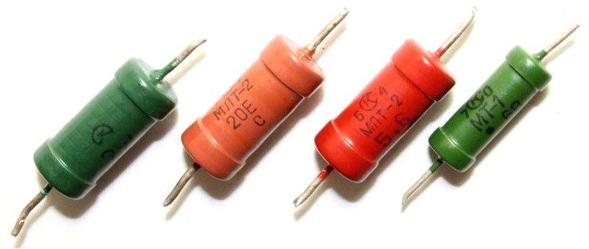 Резисторы с различными значениями сопротивления