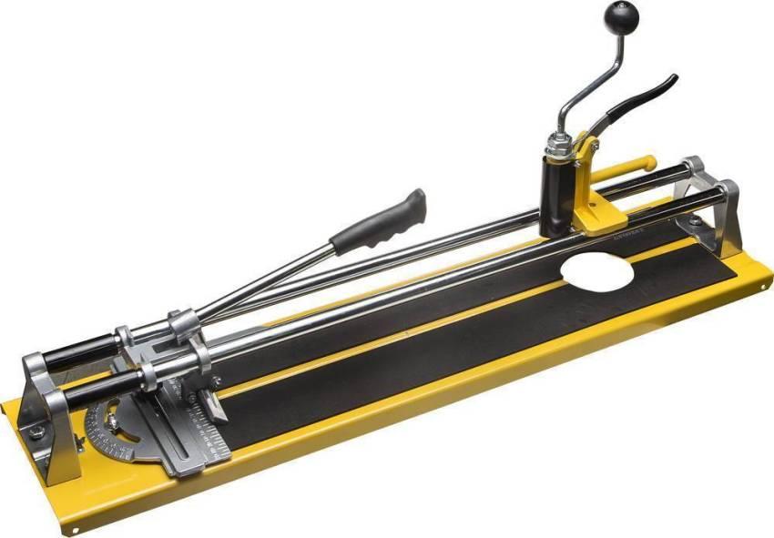 С помощью плиткореза Stayer можно резать плитку длиной до 420 мм