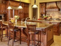 Стулья деревянные для кухни: элегантность в гармонии с практичностью