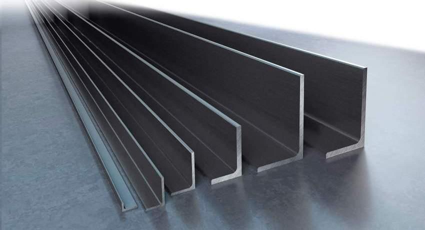 Неравнополочные уголки используются для изготовления и монтажа каркасов зданий, упрочнения несущих конструкций, изготовления опор