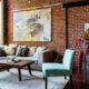 Гостиная в стиле лофт: эффектное просторное помещение с минимальной отделкой