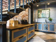 Прихожая в стиле лофт: помещение, создающее первое впечатление об интерьере квартиры