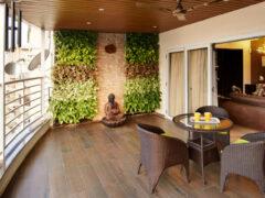 Отделка балкона разными материалами: какой вариант выбрать