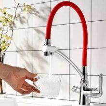 Смеситель для кухни с гибким изливом как реальный способ совершенствования быта