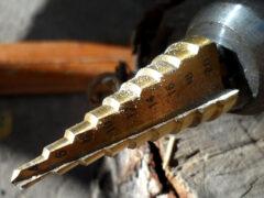 Ступенчатые сверла по металлу: лучшее решение для новичков и профессионалов