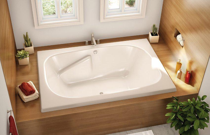 Стальная ванна представитель видов ванн с небольшой массой, что немаловажный плюс при транспортировке