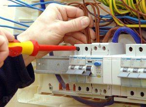 УЗО электронное или электромеханическое, какое лучше