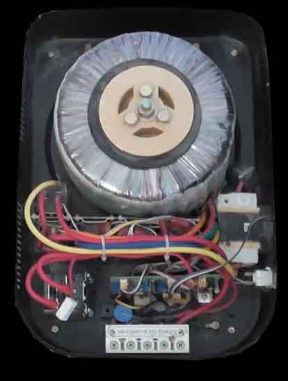 тороидальный трансформатор внутри релейного стабилизатора