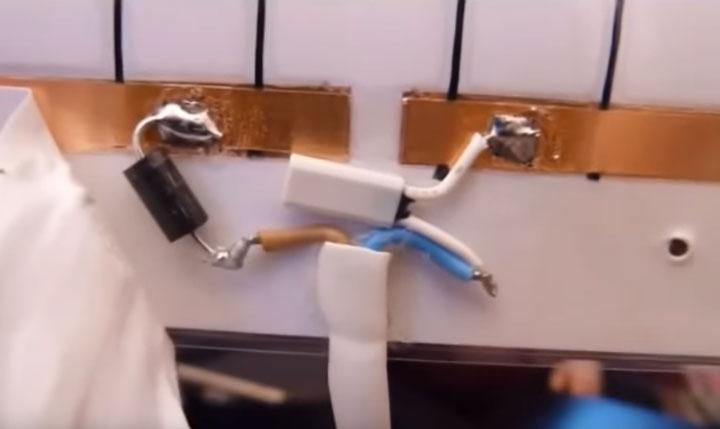встроенный темродатчик в пленочных инфракрасных обогревателях картинах