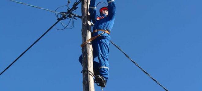 подъем на опору для натяжки провода СИП