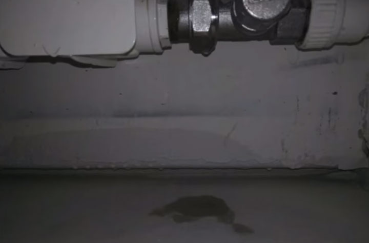 протечка на радиаторе отопления