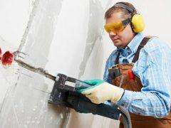 Как штробить стены под проводку — инструмент и правила