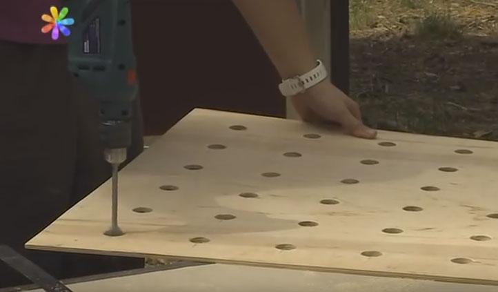 подготовка фанеры под охлаждающий кондиционер в окно