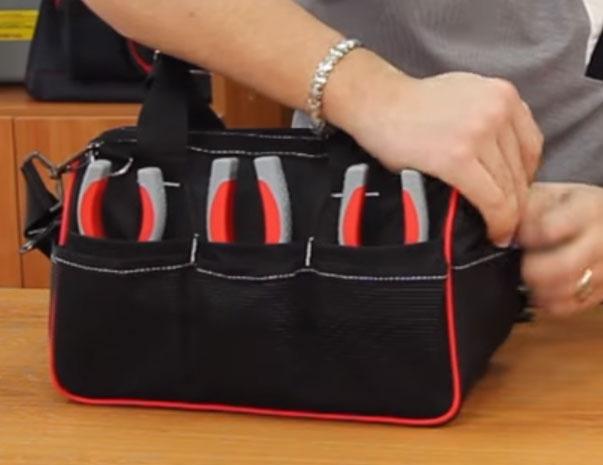 открытые карманы под пассатижи в сумке КВТ С-03