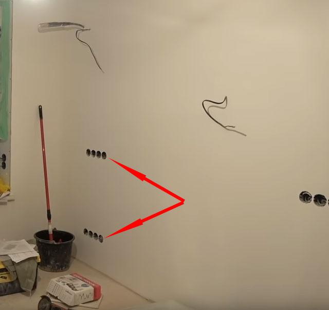 блоки розеток под рабочее место в гостиной