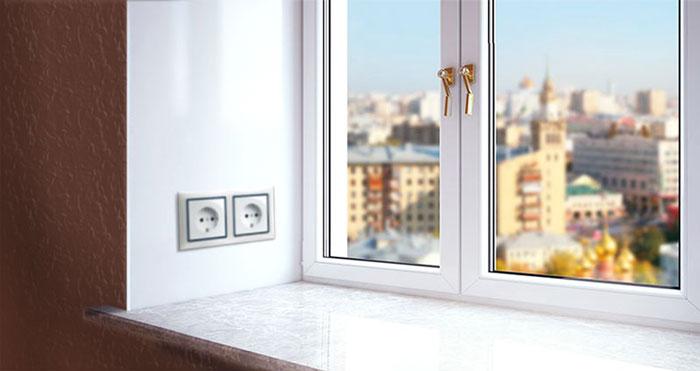 розетки в откосах окна
