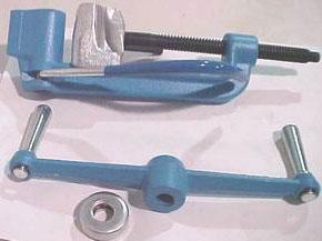 бандажная машинка для натяжки ленты в разобранном виде