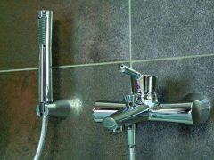 Смесители для ванной комнаты — сравнение