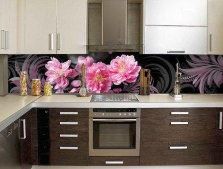 Цветы на скинали: преимущества использования
