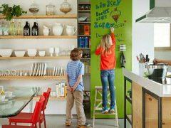 Грифельная краска для стен: веселые нотки в современном интерьере