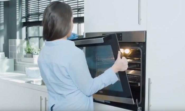 замена стекла дверцы духовки