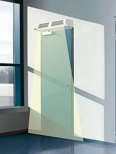 тепловая завеса уже ширины проема эффект обогрева
