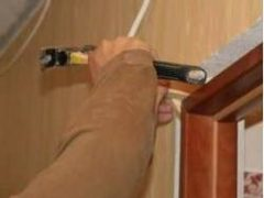 Как демонтировать старую дверную коробку