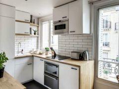 Кухня с окнами: как обыграть солнечный свет в своих интересах